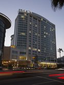 Renaissance Hollywood Hotel & Spa